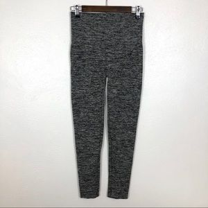 Assets by Spanx Leggings XL